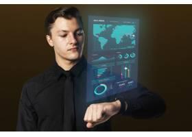 商人使用智能手表全息演示可穿戴设备_13301539