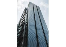 低景现代摩天大楼写字楼_12396219