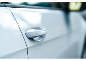 一扇明亮的车门的特写现代汽车的概念_13292339