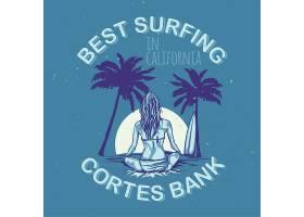 带有冲浪板女孩图案的T恤或海报设计_9514636