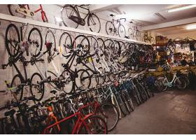 车间里的自行车_1008719