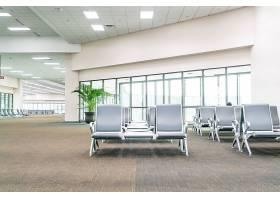空荡荡的机场航站楼候机区_1273969