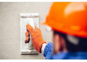 维修工专业建筑工人在室内工作维修的手_8265033