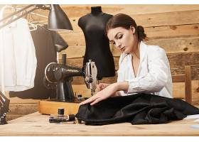 缝纫不仅仅是工作更是一种才华创意设计_9029154
