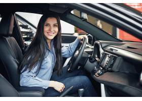 汽车生意汽车销售消费主义与人的观念_9144930