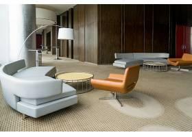 带有走廊或办公室休息室的现代酒店大堂_2448700