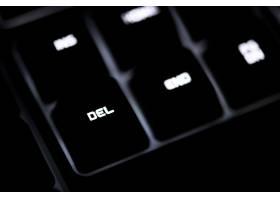 黑色计算机键盘和Del按钮的特写_3532045