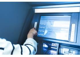 银行的自动取款机操作_1286424