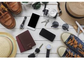 顶级女性和男性的旅行概念白色和黑色的手_1276243