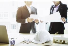 建筑工程项目工作工程师会议_1211543