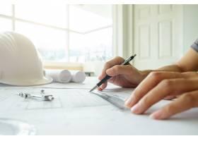工程师手中的图纸施工概念工程工具复_1238904