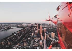 从直升机上拍摄的美丽城市_7554075