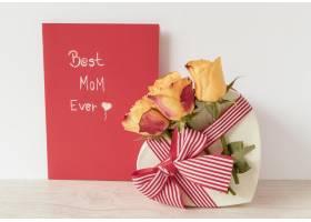 献给母亲节的鲜花礼物和卡片_12144173