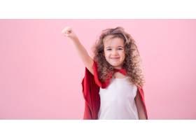 儿童概念微笑的女孩扮演超级英雄_8828550