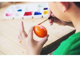人們畫五顏六色的復活節彩蛋人們慶祝國慶_4351366