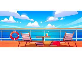 游轮甲板上有阳光躺椅带鸡尾酒的木桌和挂_12900153
