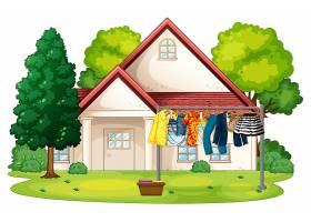 很多衣服挂在屋外的绳子上_11693402