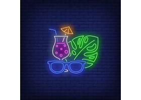 太阳镜鸡尾酒和热带植物叶子霓虹灯_4553929