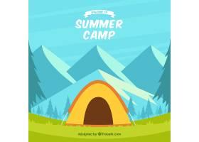 以帐篷和山脉为背景的夏令营_2217307