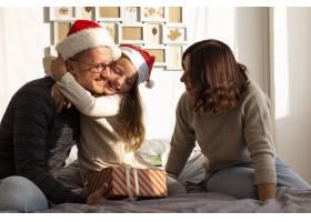 家庭对圣诞节概念的正面看法_10848758