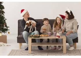 家庭对圣诞节概念的正面看法_10848760