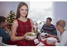 与家人共进圣诞晚餐_12114154