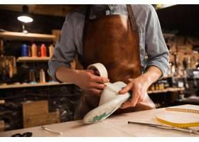 鞋的鞋匠造型设计的裁剪图像_7573182