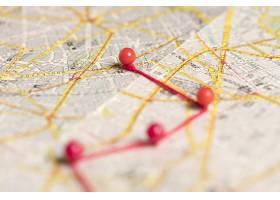 地图上模糊的红色大头针_7733806