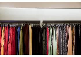服装店里的衣服_4452958