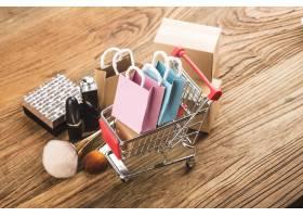 消费者使用网络购物概念_10622916