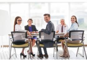 同事年轻会说话的企业家团队合作_1022631