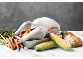 美味的感恩节火鸡配玉米_9894237