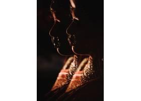 双重曝光传统上迷人的印度教新娘的剪影_3983089