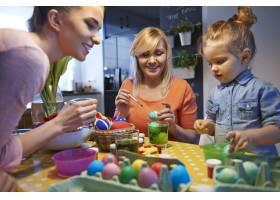 画复活节彩蛋是我们的传统_12470164