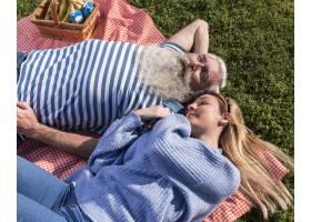 父亲和女儿在一起的时间_7011927