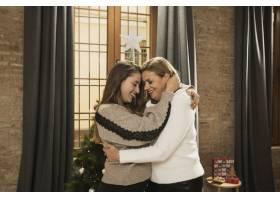 母女俩一起过圣诞节_5986415