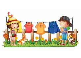 花园里挂着衣服的一个女孩和一个男孩_6132425