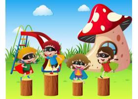 穿着英雄服装的孩子们在公园里玩耍_1170730