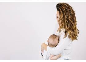母亲抱着婴儿_1488202