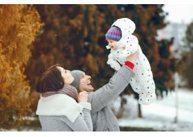 冬日家庭_3179136