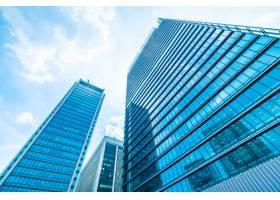 与窗玻璃样式的美丽的建筑办公楼摩天大楼_4188030