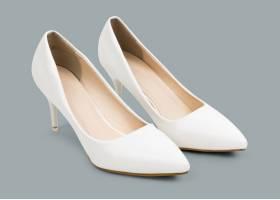 女性rsquo s白色高跟鞋时尚_15850292
