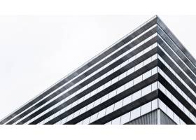 低视野现代摩天大楼办公楼_12396223