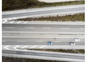 与汽车的运输概念在桥梁_13951949