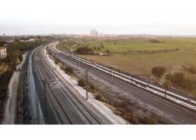 与火车的运输概念在铁路_13951915