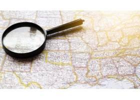 美利堅合眾國地圖與放大鏡_5016396