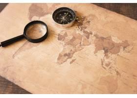 高景观棕褐色地图与配件_5003368
