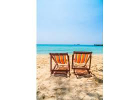 在海滩上的椅子_3661522