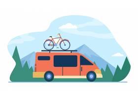 有自行车的小型货车在山的顶部移动车辆_11235742
