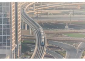 众多汽车顶视图在交通的在迪拜阿拉伯联合_10824391
